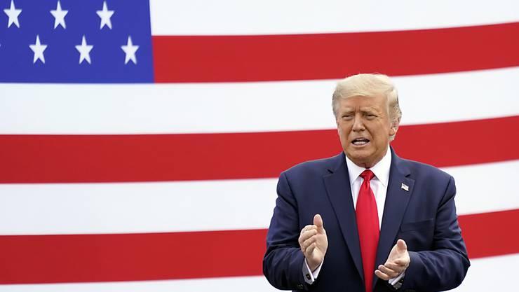 US-Präsident Donald Trump: «Ich wollte es immer herunterspielen.» Foto: John Raoux/AP/dpa