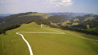 Vier Windparkanlagen sollen am Scheltenpass auf dem Matzendörfer Stierenberg (Bild) und dem Erzberg zu stehen kommen.