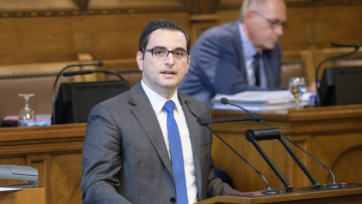 Luca Urgese, FDP-Präsident Basel-Stadt, ist sich nicht sicher, ob die aktuelle Situation ein 200-Millionen-Paket rechtfertigt.