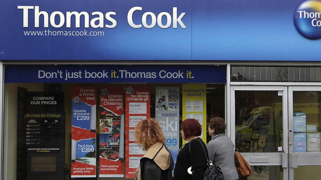 Der kriselnde Reisekonzern Thomas Cook benötigt für seinen Sanierungsplan zusätzliches Kapital. Die Banken forderten das Unternehmen auf, sich weitere 200 Millionen Pfund (248 Millionen Franken) zu sichern. (Archiv)