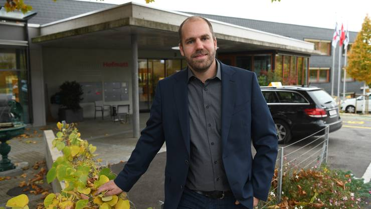 Das Altersheim der Stiftung Hofmatt in Münchenstein mit Leiter Marc Boutellier ist das erste, dessen Personal geschult wird.