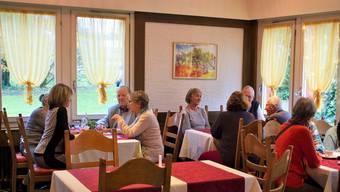 Gemeinsam mit dem Verein Wabe, der Pro Senectute und dem Spital Limmattal wird in Schlieren das erste Alzheimer-Café des Kantons durchgeführt.