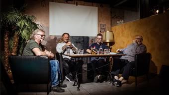 Es wurde ordentlich gelacht: «Ganz unger üs» mit (von links) Kurt Moos Gilomen, Ralph Güntlisberger, Rolf Caviezel, Dagobert Cahannes. Bild: Michel Lüthi