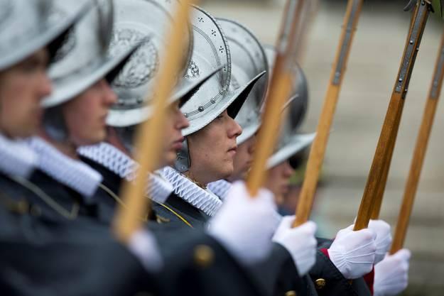 Die Schweizer Garde während der Ostermesse.