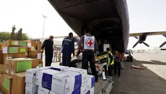 IKRK brachte über 16 Tonnen medizinische Hilfsgüter