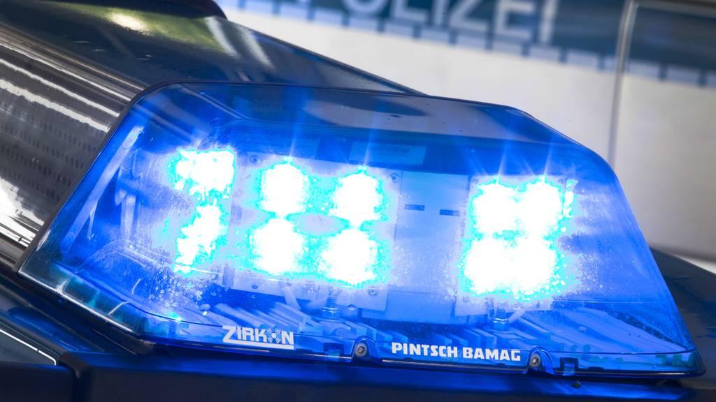 15-Jähriger getötet, Vater und Bruder verletzt