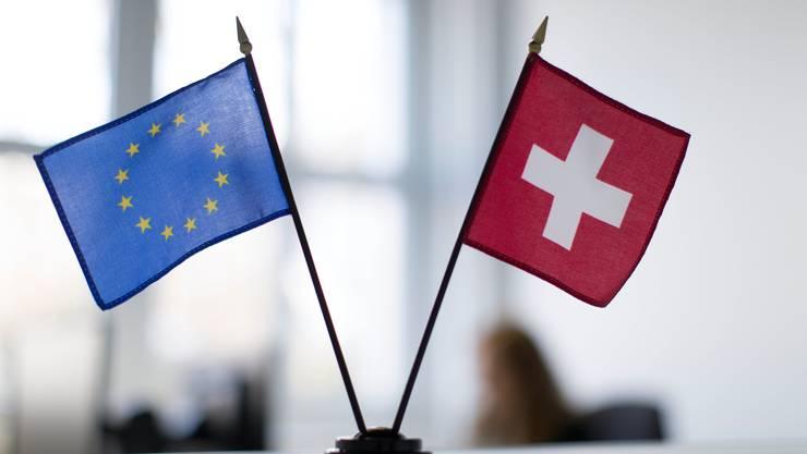 Die SVP will mit der «Begrenzungsinitiative» die Zuwanderung aus der EU stoppen. Das Stimmvolk entscheidet am 17. Mai.