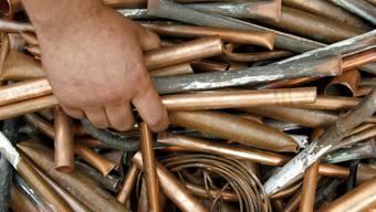 1000 Kilogramm Kupfer transportierten die Diebe ab (Symbolbild)