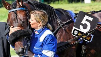 Ein eingespieltes Team: Barbara Schneider und ihr Siegerpferd Napoléon de Bussy.