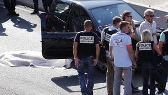 Tod in Marseiller Vorort: Polizei am Tatort