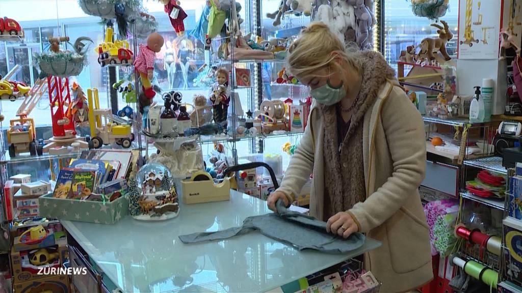 Aargauer Sonderweg: Kleider- und Bücherläden stinksauer