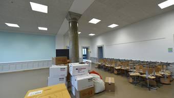 In diesem Lernatelier lösen ab Montag 60 Schüler selbstständig ihre Aufgaben. In den angrenzenden Zimmern befinden sich die Gruppen- und Inputräume.