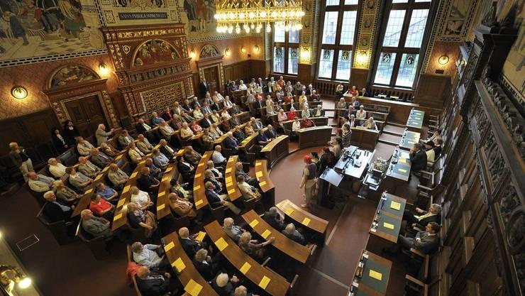 Der Grosse Rat muss Richter ausgewogen wählen. Zu beachten sind etwa fachliche Eignung, zeitliche Verfügbarkeit und Geschlecht, letzteres ohne Quote.