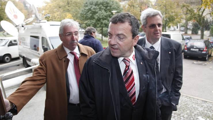 Roland Borer, Walter Wobmann und Heinz Müller auf dem Weg in den Konzertsaal