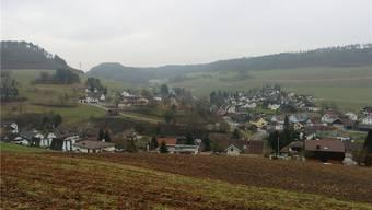Siglistorf gehört zum Studenland. Rings um das Dorf herum sind die Wälder wieder intakt.