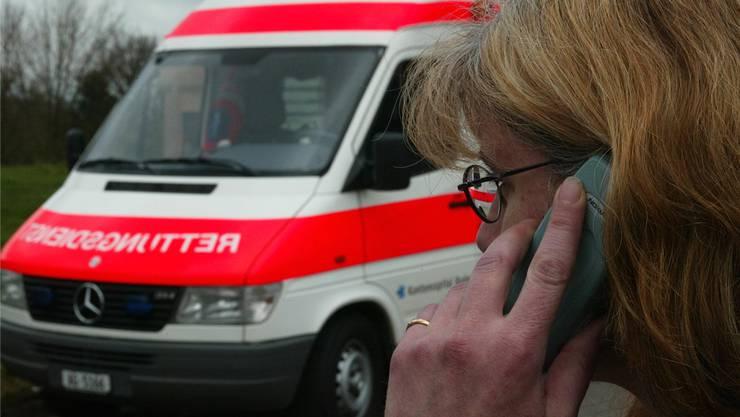 Beim Unfall in Fislisbach traf die Ambulanz erst nach 23 Minuten ein (Symbolbild). Rolf Jenni