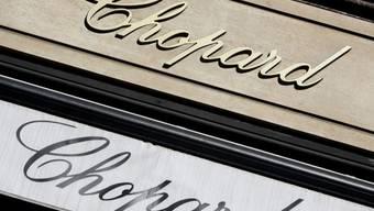 Schaufenster des Schmuckherstellers an der Place Vendôme in Paris