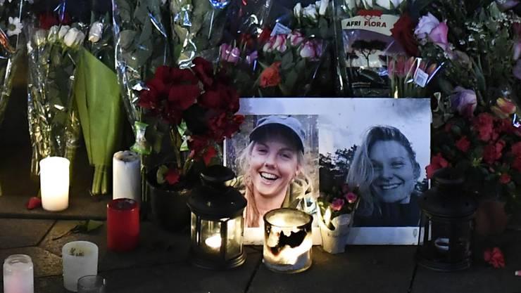 Trauerort in Kopenhagen für Louisa and Maren aus Dänemark und Norwegen, die in Marokko höchst wahrscheinlich Opfer eines Terroraktes geworden sind.