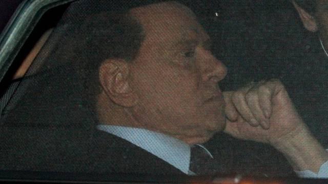 Italiens Ministerpräsident Berlusconi hat in Cannes nicht viel zu bieten (Archiv)