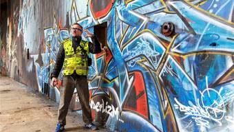 Der deutsch-französische Künstler «Darco» erklärt seine Vision von Sprayen. Hanspeter Bärtschi
