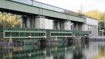 Das Kraftwerk Ryburg-Schwörstadt im Rhein lieferte letztes Jahr dem Aargau rund 350 Gigawattstunden und ist damit das grösste Aargauer Wasserkraftwerk.