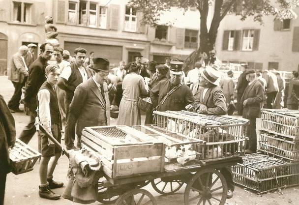 Auf dem «Andrese-» oder «Bibbelimärt» konnte man sich einst Geflügel oder gar ein Reh für 20 Rappen kaufen.