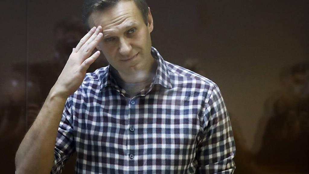 Recherche: Auch Schriftsteller Ziel von mutmasslichen Nawalny-Tätern