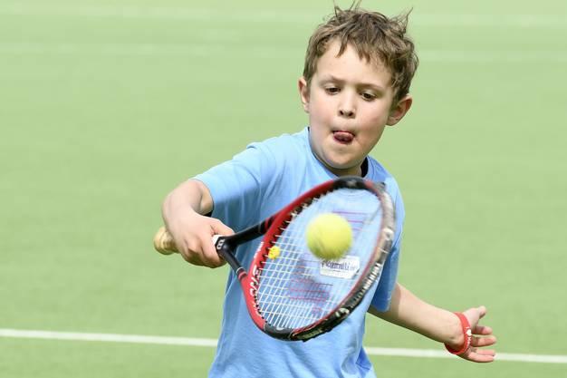 Vielleicht hat auch die grosse Karriere von Roger Federer einmal in einem solchen Lager begonnen.