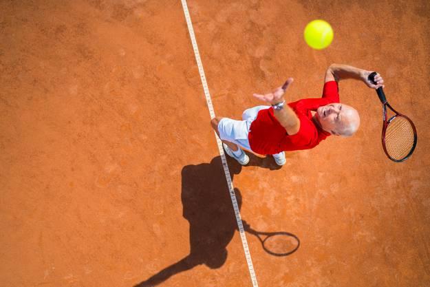 Balance, Schnelligkeit, Orientierung, Ballgefühl und Ausdauer – Tennis bietet alles.
