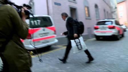 Geri Müller auf dem Weg ins Stadthaus