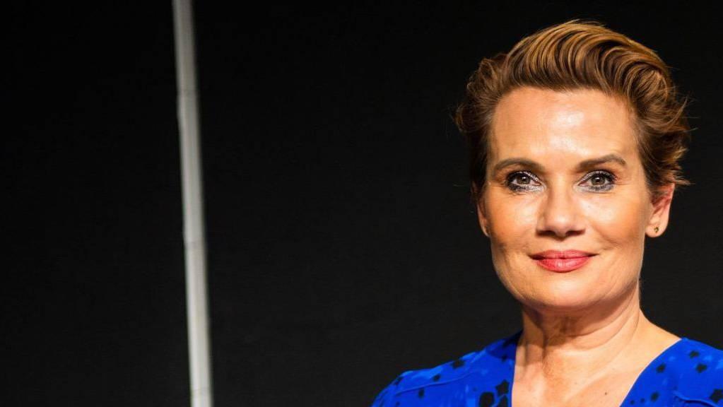 Schauspielerin Jenny Jürgens mag es lieber unprätentiös. «Ich bin nicht so der Rote-Teppich-Typ», sagt sie. (Archiv)