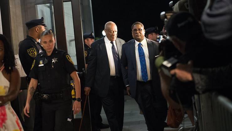 Die Geschworen haben erneut kein Urteil im Strafprozess gegen den US-Entertainer Bill Cosby gefällt.