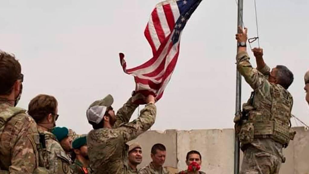 Übergabezeremonie der US-Armee an die afghanische Nationalarmee in der Provinz Helmand. Foto: -/Defense Press Office/AP/dpa