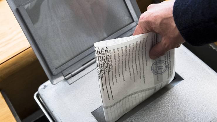 Aargauer Gemeinden melden Abstimmungsergebnisse gerne vor 12 Uhr – das könnte künftig ernste Folgen haben. (Symbolbild)