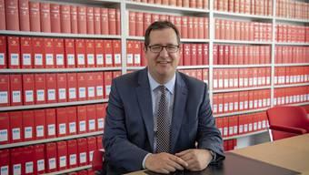 Stefan Keller, Präsident des Ober- und Verwaltungsgerichts des Kantons Obwalden, soll gegen Bundesanwalt Michael Lauber, Fifa-Chef Gianni Infantino sowie weitere Personen ermitteln.