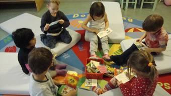 Kinder in der Kita: Der Bundesrat hat am Mittwoch entschieden, dass der Steuerabzug beim Bund auf 25'000 Franken pro Jahr und Kind steigen soll.