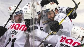 Der HC Lugano jubelt in Zug, besiegt den Leader mit 4:3 und hält den Kontakt zu den Playoff-Rängen
