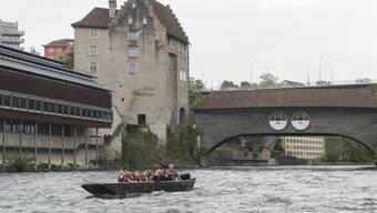 Stadtführung über Badener Bädergeschichte auf dem Boot