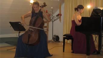 Cellistin Aline Schnepp und Pianistin Aniele Steininger überzeugten durch ein harmonisches Klangvolumen.