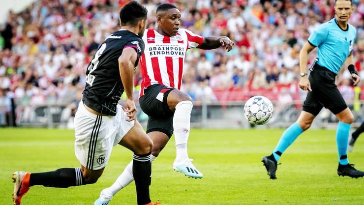 Der FCB verliert wegen zwei späten Toren gegen Eindhoven mit 2:3.