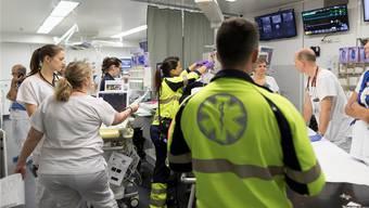 Wie viele Notfallstationen braucht der Kanton Zürich? Auch an dieser Frage scheiden sich die Geister in der Diskussion ums neue Spitalgesetz.