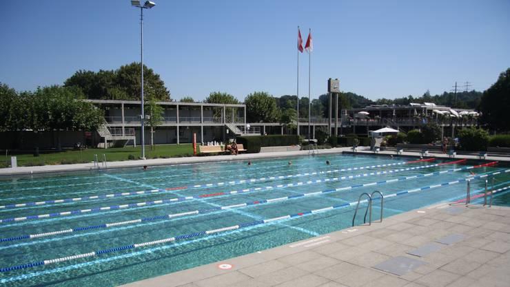 Im Winter wird das Sportbecken saniert, für die Gebäudesanierung muss noch einen Kredit von 7,2 Mio. Franken bewilligt werden.