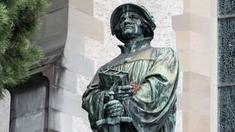 Unter den Reformierten rumort es. Im Bild: Das Denkmal zu Ehren des Reformators Huldrych Zwingli in Zürich.