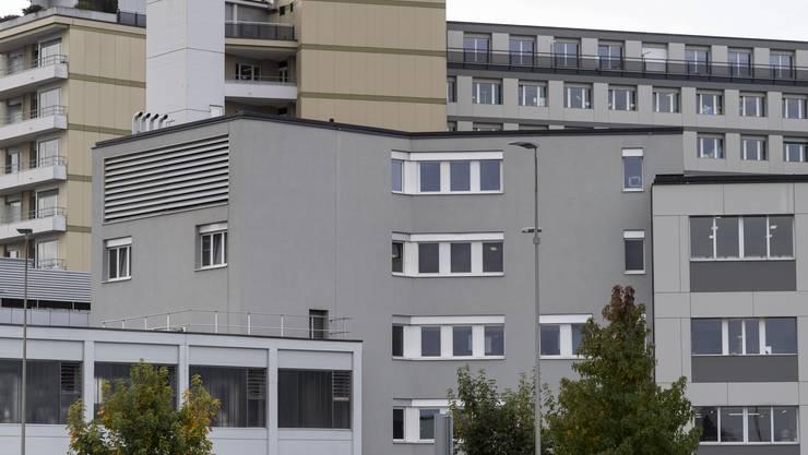 Die Besuche am Kantonsspital Freiburg wurden wegen der Coronapandemie eingeschränkt.