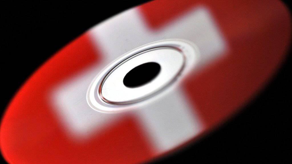 Die Schweiz soll nach dem Willen des Bundesrates auf Basis gestohlener Bankdaten Steueramtshilfe leisten. Die bürgerlichen Parteien lehnen das ab. (Symbolbild)