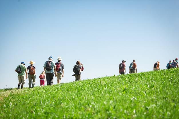 Leserwandern mit den Kindern: Die Etappe ist ein Rundweg mit 6 Märlistadtionen, der sogenannte Märliweg von Schmiedrued-Walde. Gestartet wurde in Walde. Aufgenommen am 18. Juli 2018.