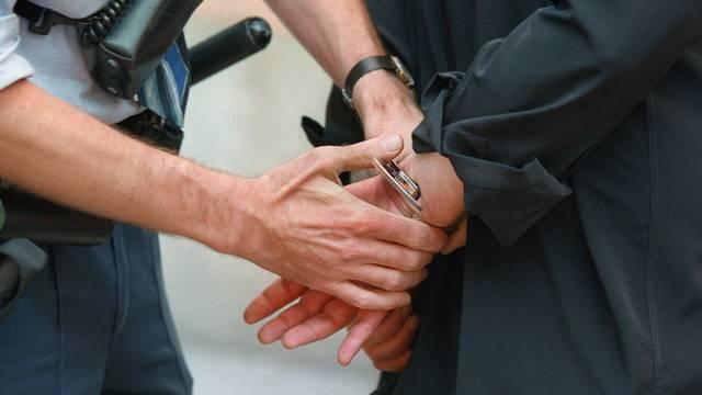 151 Verdächtige wurden in Norditalien verhaftet (Symbolbild)
