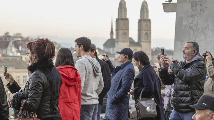 Der Stadtrat beantragt mehr Geld für Zürich Tourismus, wegen der wirtschaftlichen Folgen der Coronapandemie. (Archivbild)