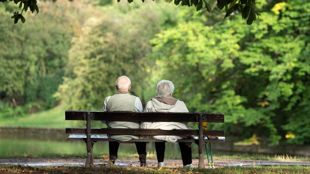Reform der Pensionskasse: Kritik aus der Wirtschaft, Lob von links
