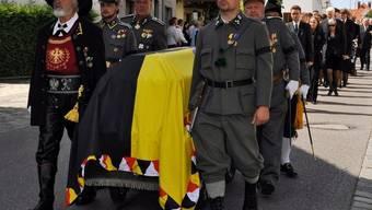 Trauerzug mit dem Sarg von Otto von Habsburg